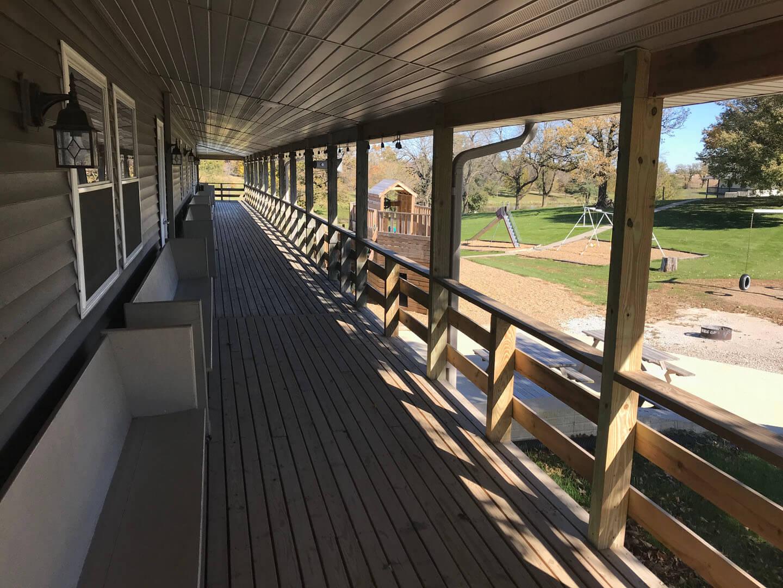 Newton Deck